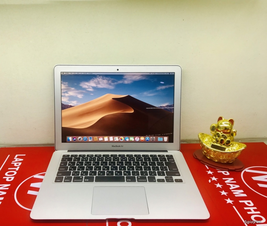 Macbook air mỏng đẹp như Ngọc Trinh - 2