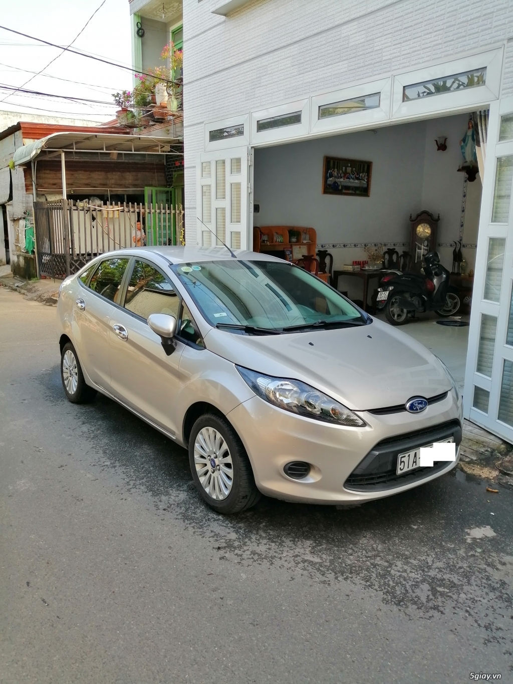 Xe	Ford Fiesta	1.6 AT	2013	-GHINA - 1