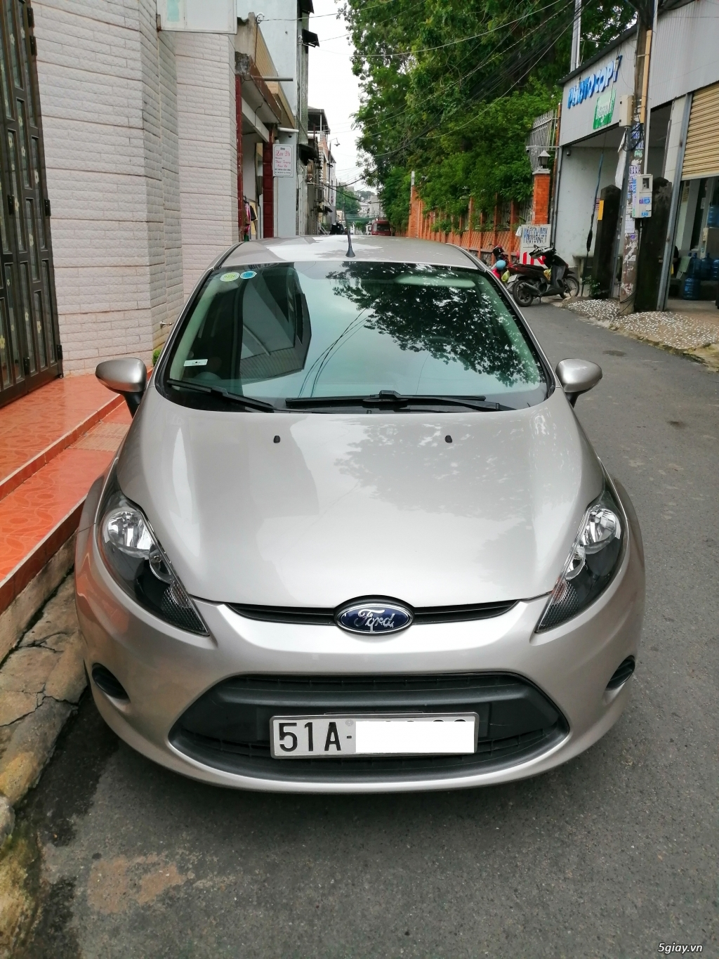 Xe	Ford Fiesta	1.6 AT	2013	-GHINA
