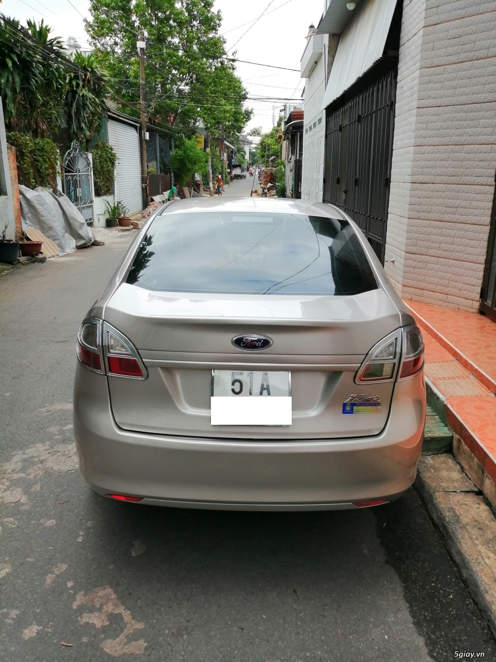 Xe	Ford Fiesta	1.6 AT	2013	-GHINA - 2