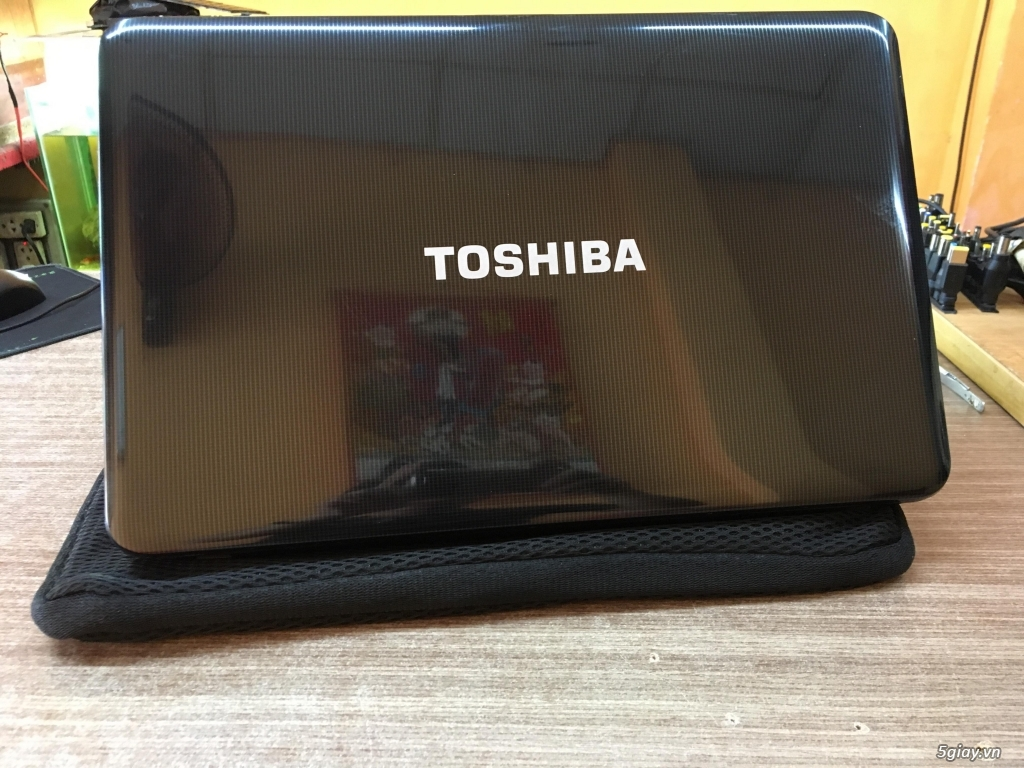 TOSHIBA L850 Satellite i5 3230m. - 1