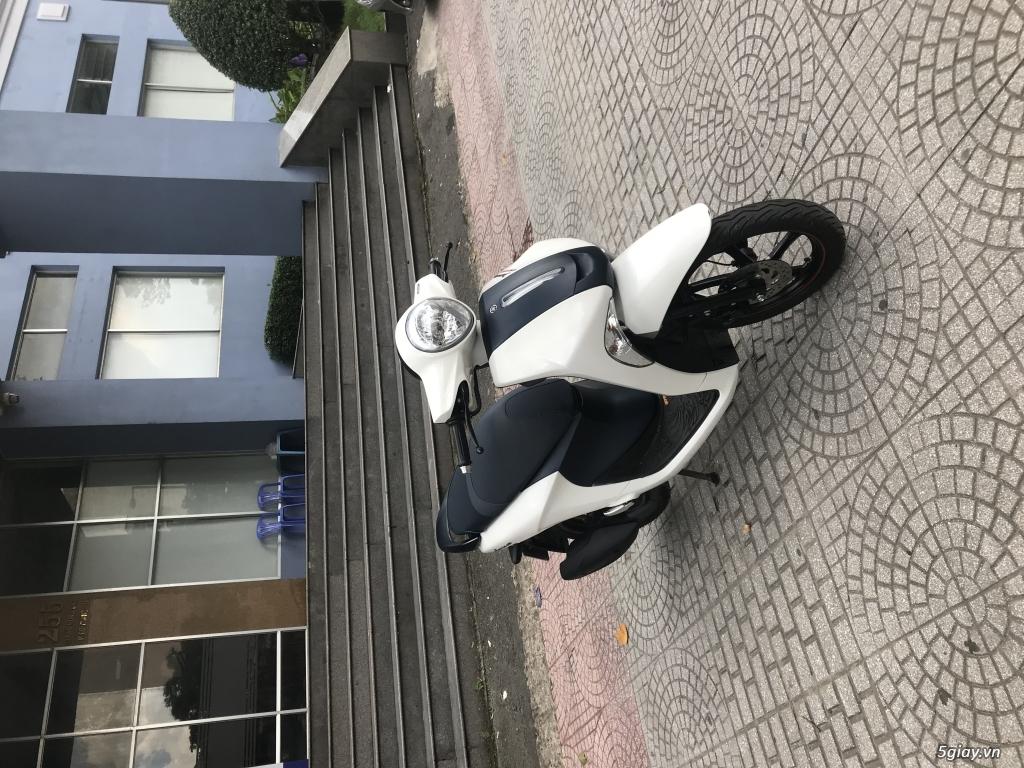 Janus trắng xanh primeum edition smartkey odo 2000km mới 99%