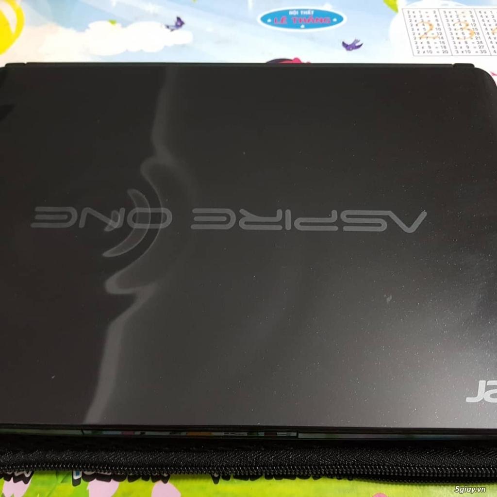 Laptop Acer One mini 10.1inch đen huyền, nguyên zin, như mới.