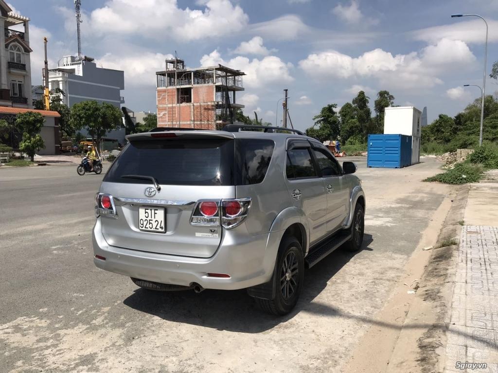 Toyota Fortuner xăng (4x2) 2016, 35k km, chính chủ bán
