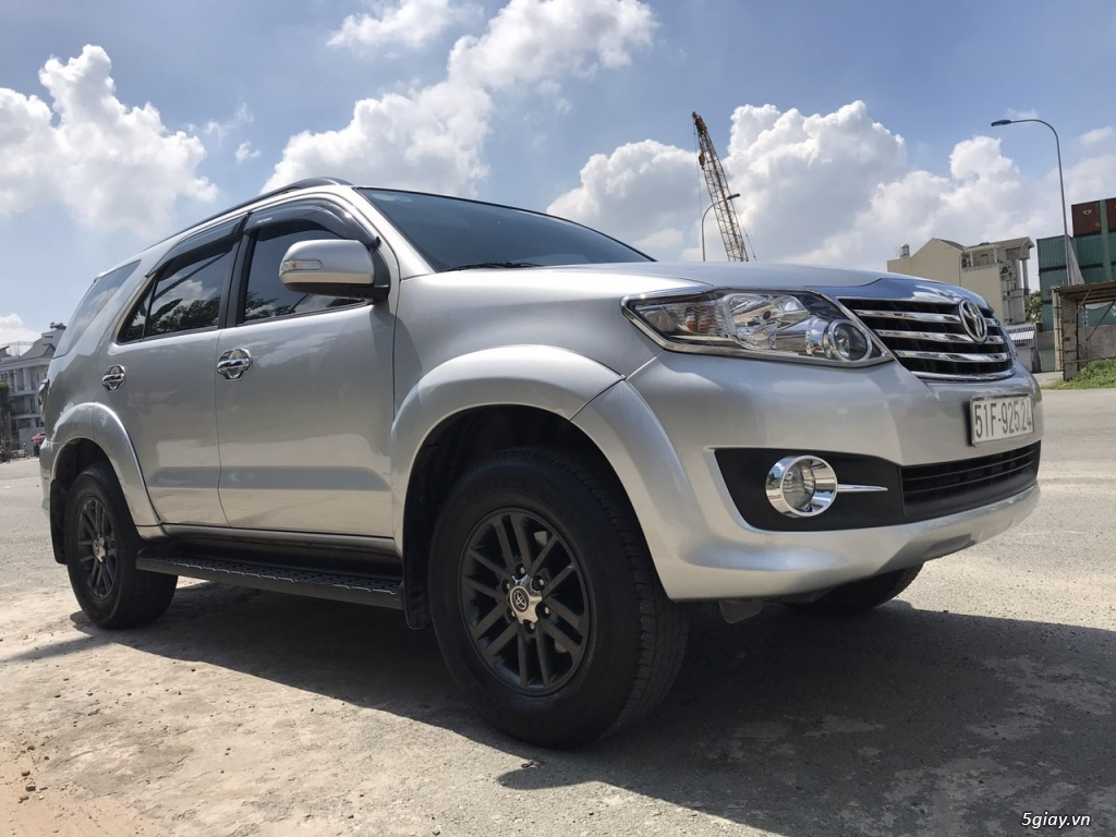 Toyota Fortuner xăng (4x2) 2016, 35k km, chính chủ bán - 5