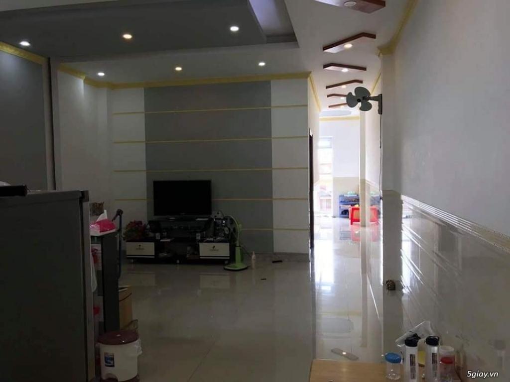 Bán nhà lầu 2 mặt tiền hẻm 391 đường 30/4, phường Hưng Lợi, Ninh Kiều