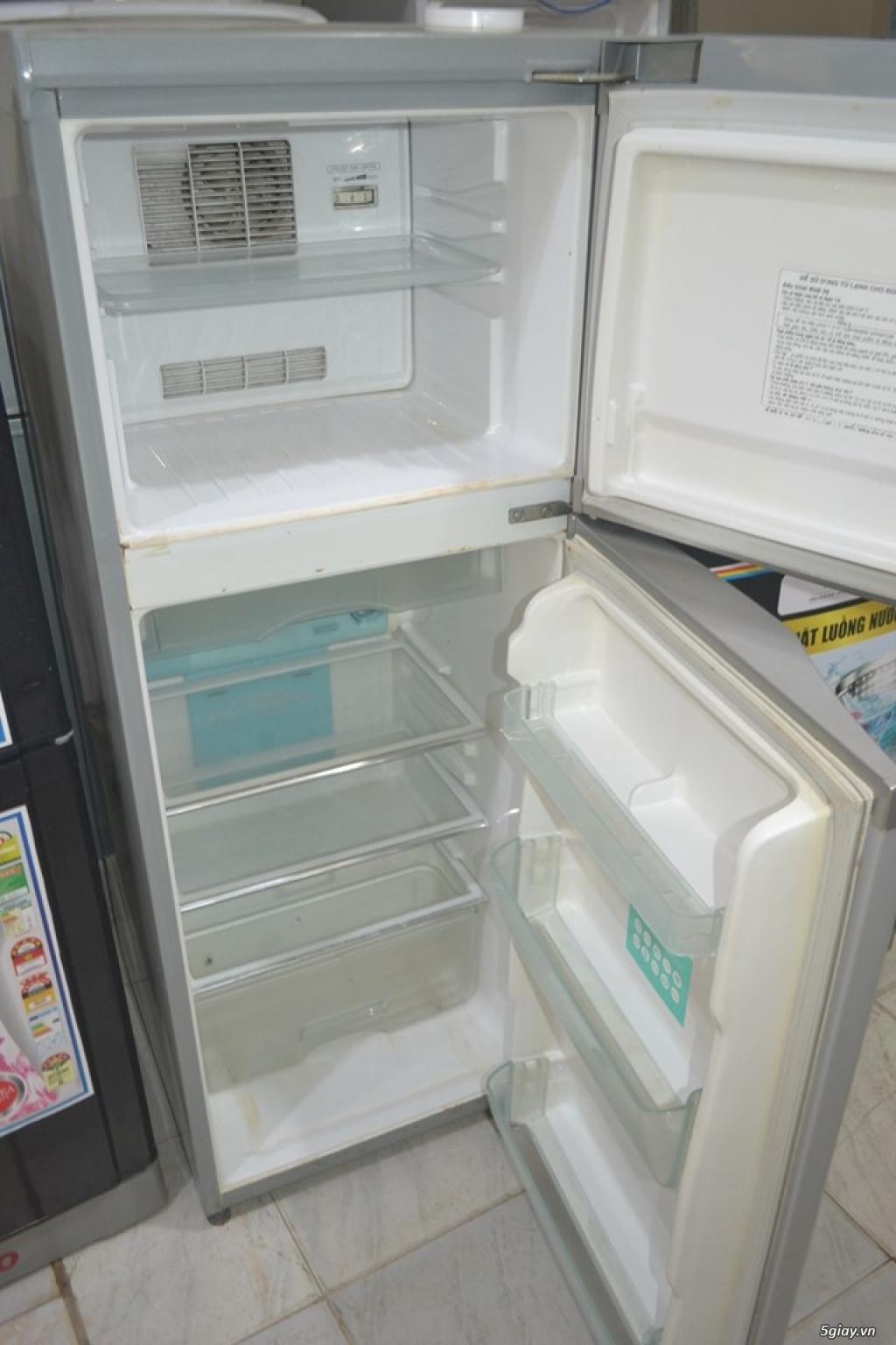 Tủ lạnh Toshiba 160L không bám tuyết bao xài tốt vận chuyển miễn phí - 1