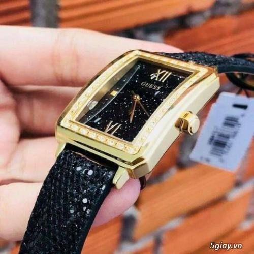 Đồng hồ Guess chipu 2 màu đen trắng