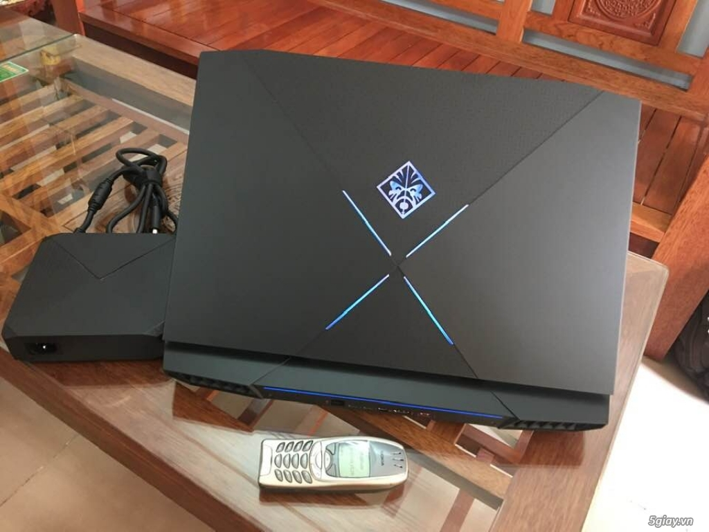 HP OMEN X 17: Core i7 7700HQ/32GB/SSD 512GB   02TB/GTX 1080 8GB/17.3-Inch Full HD/120Hz/G-Sync..
