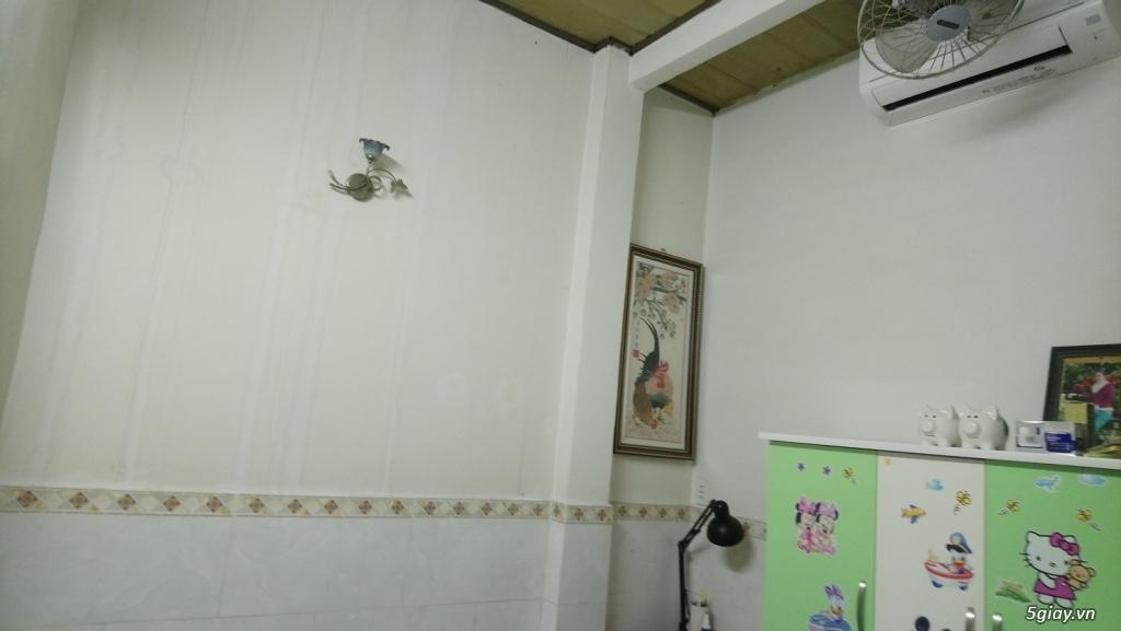 Nhà 4*11,sổ hồng 70m2 ngay chủ ,2 mặt tiền hẻm 1 trệt 1 lầu - 11