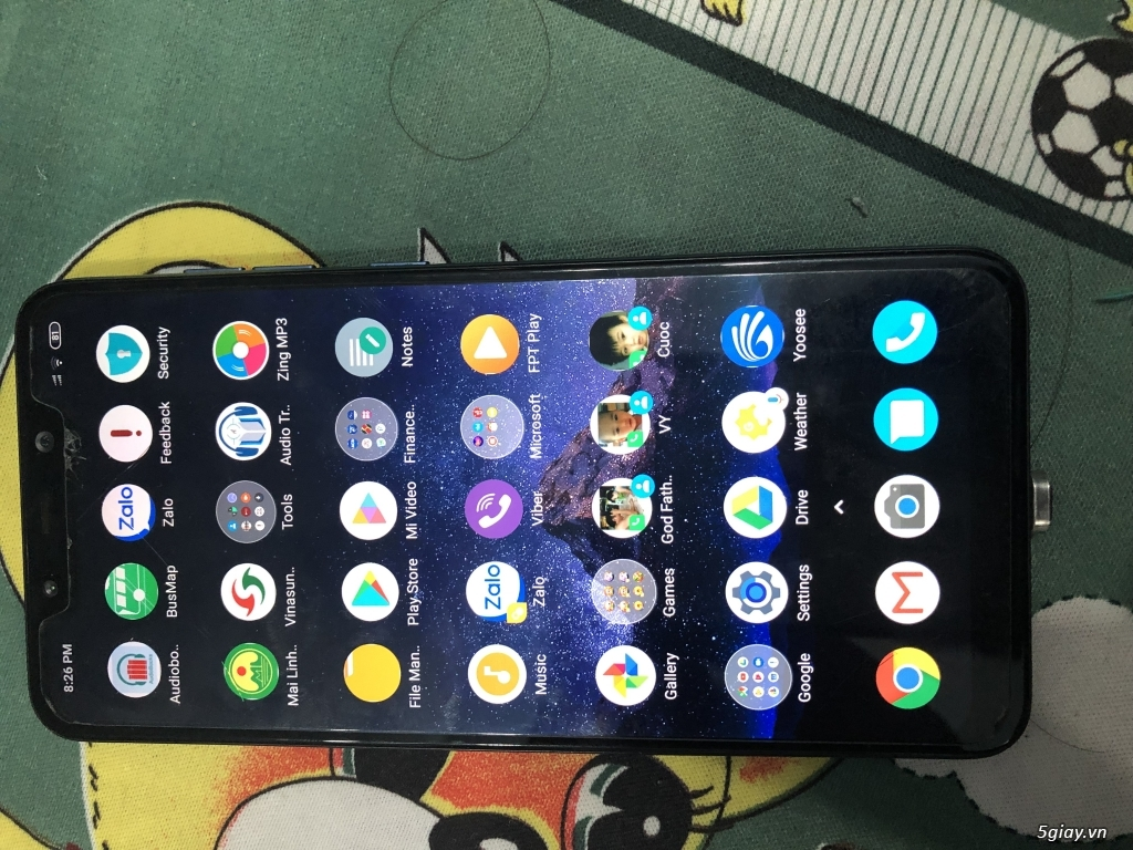 Can thanh ly Pocophone f1 6gb/64gb - 1