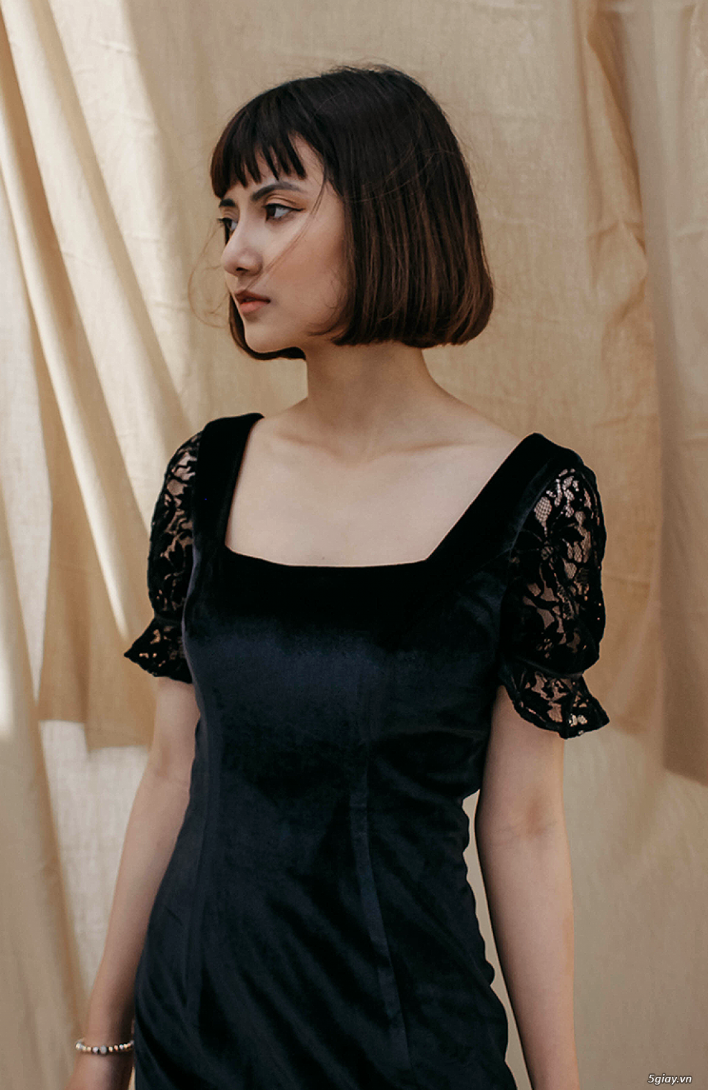 Đầm nhung đen đuôi cá phối ren - thời trang dự tiệc giảm 15