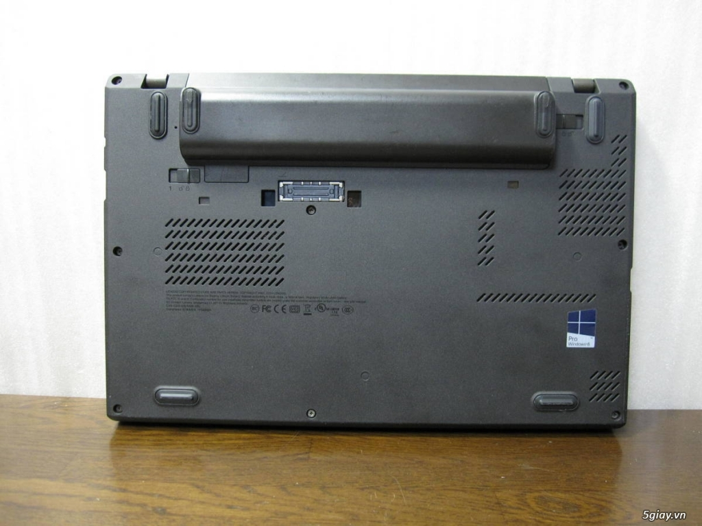 Lenovo ThinkPad x240 Core i7-4600U-RAM 4GB- 240 GB - 2