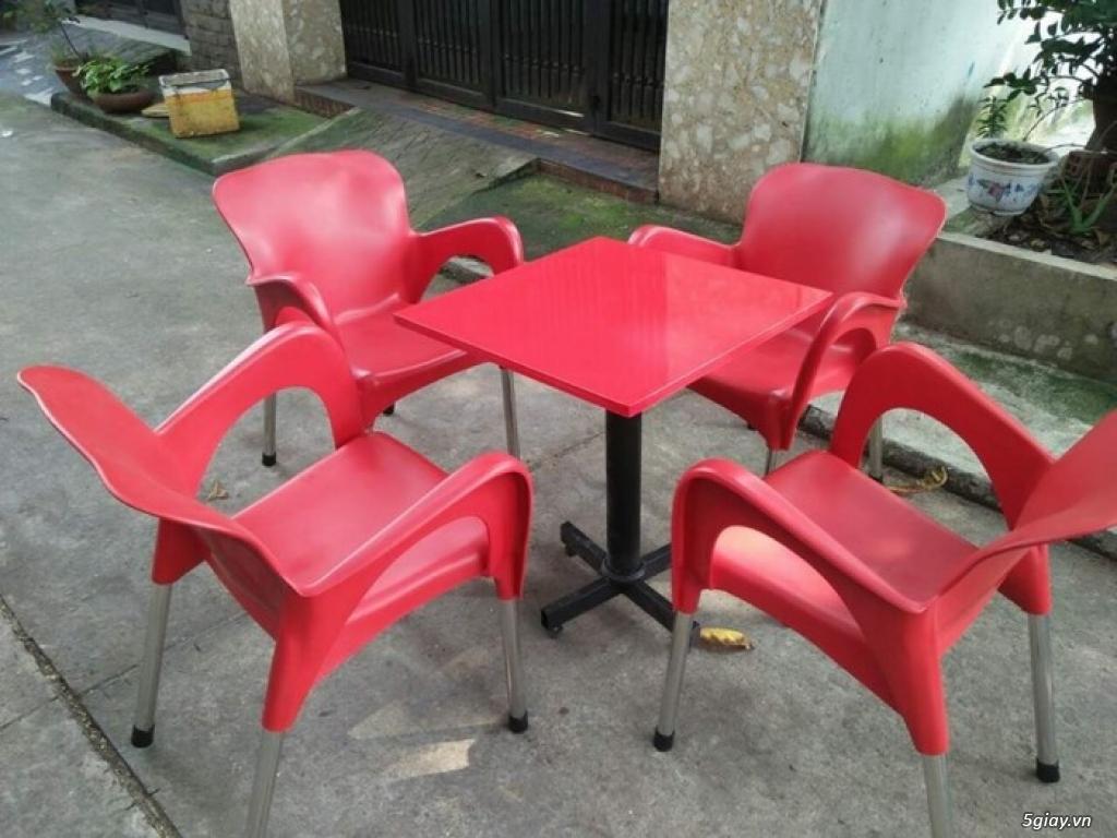 Ghế nhựa bàn ăn cho em bé - ghế nhựa dùng trong gia đình và nhà hàng - 1