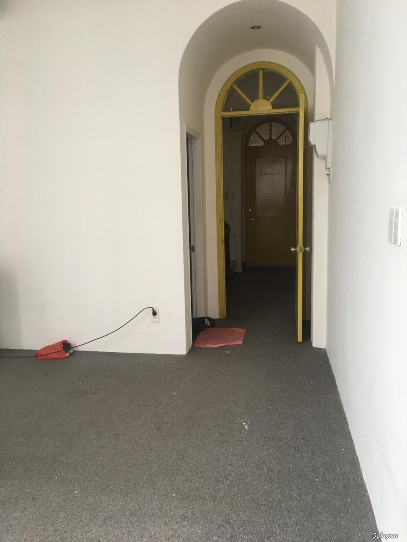 Phòng Cho Thuê làm Văn Phòng -Mặt Tiền Q4 - 1