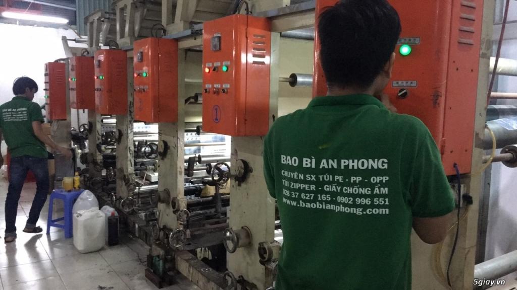Tuyển công nhân làm việc tại xưởng bao bì - 1