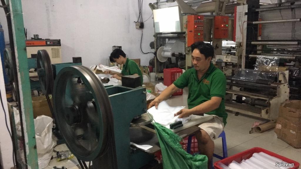 Tuyển công nhân làm việc tại xưởng bao bì - 3