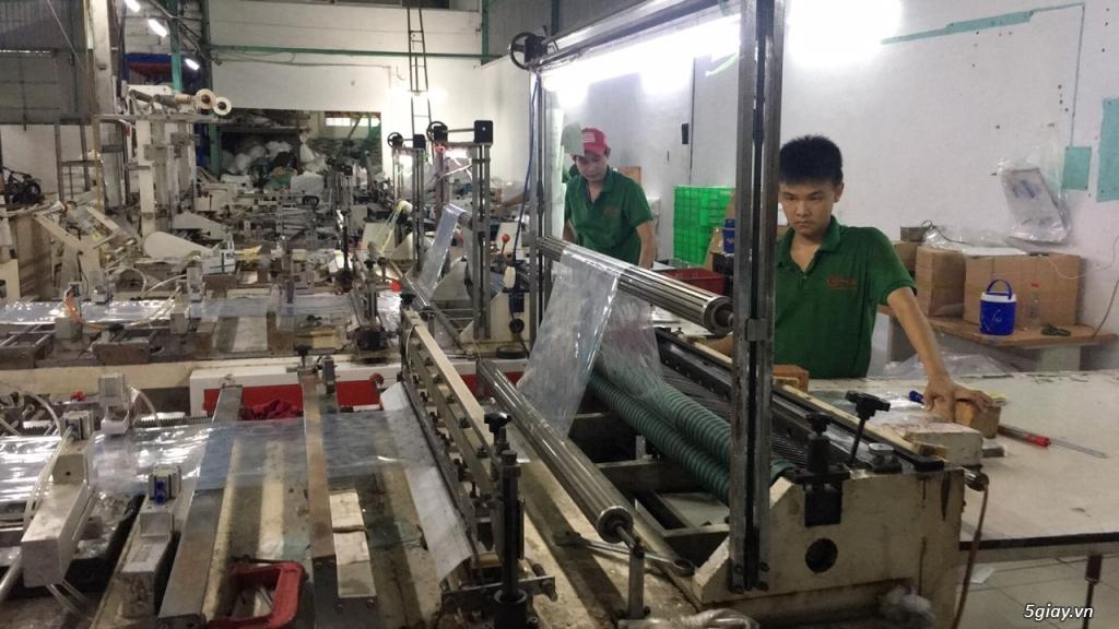 Tuyển công nhân làm việc tại xưởng bao bì - 2