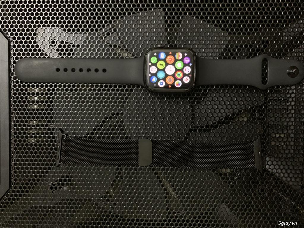 Apple Watch Series 4 44mm GPS - BH Apple 3/2020 - 2