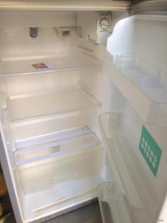 Cần bán tủ lạnh Toshiba còn dùng tốt tại Thủ Đức - 1
