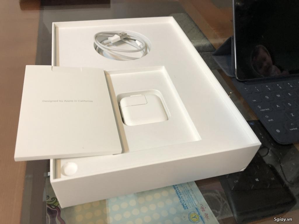 Bàn phím FOLIO chính hãng apple FULL BOX PRO 10.5 | AIR 3 , đẹp như mớ