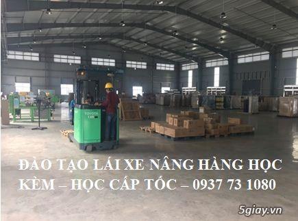 dạy lái và cấp chứng chỉ nghề lái xe nâng hàng tại Nhơn Trạch Đồng Nai