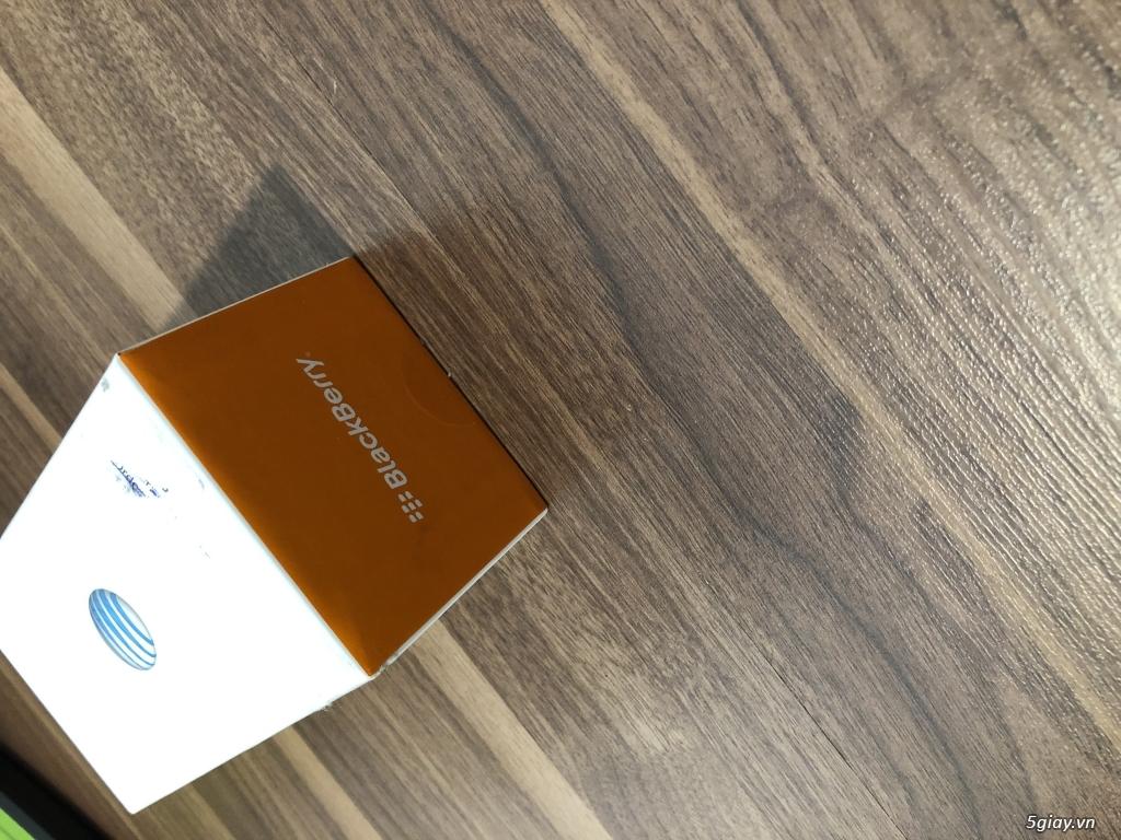 Blackberry Classic nhà mạng Mẽo AT & T NEW nguyên hộp - 19