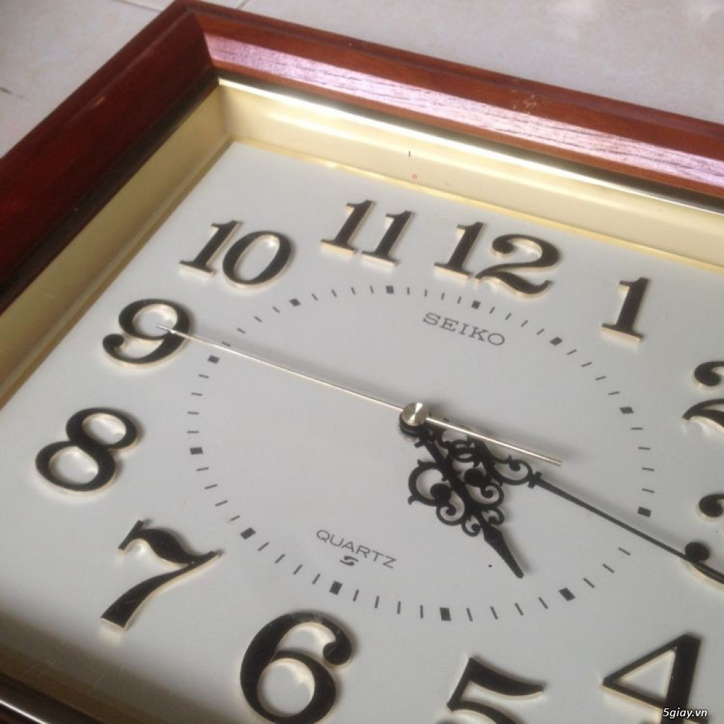 Đồng hồ treo tường Seiko vỏ gỗ của Nhật - 1