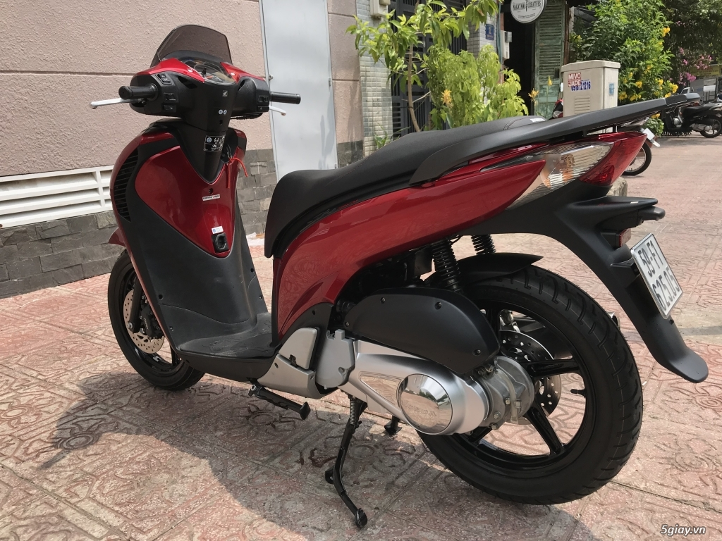 Honda sh ý đời 2014 _ màu đỏ đen cần bán gấp - 1