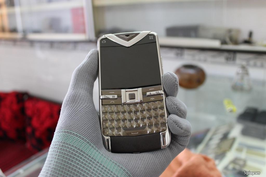 Chuyên Mua. Bán Vertu - Nokia 8800 - 6700 - 8600 luna. Chính hãng. - 6