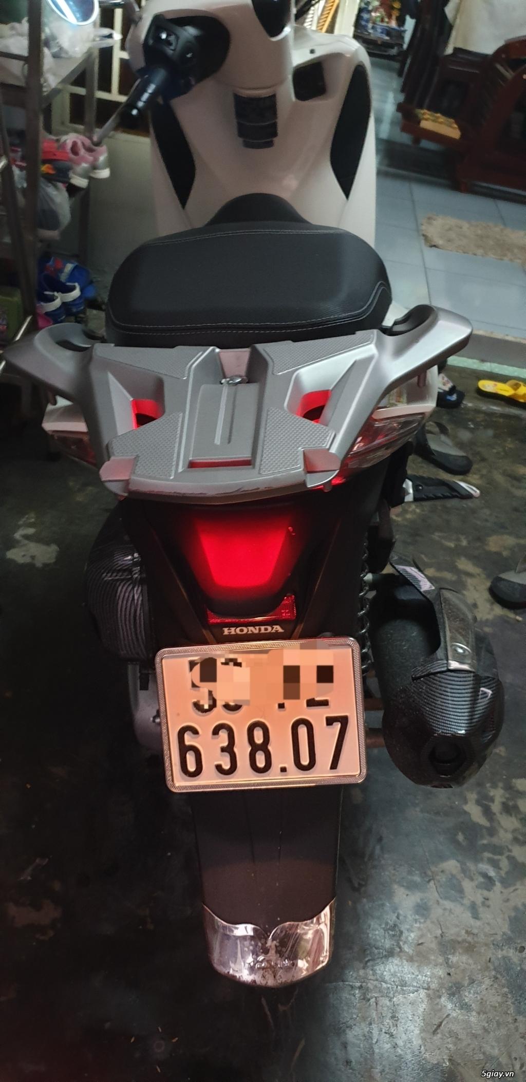 SH150 ABS màu trắng DK cuối 2017 - 1