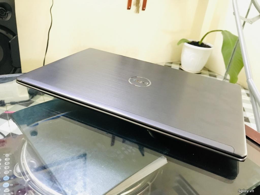 Laptop Dell Vostro 5560 . Core i5 thế hệ 3 . Ram 4G . HDD 700G . 2 Vga - 7