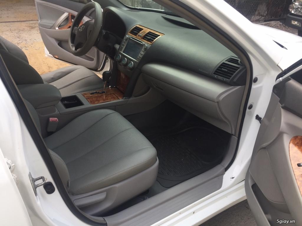 Cần bán xe Toyota Camry LE 2007 màu trắng nhập Mỹ - 6