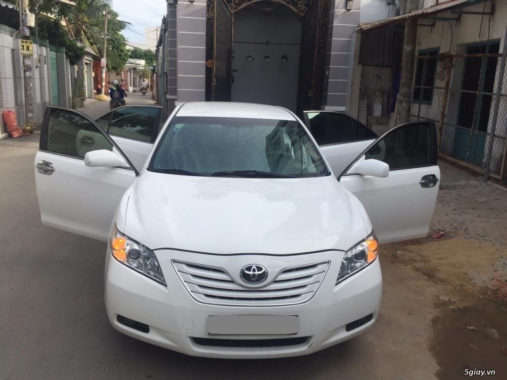 Cần bán xe Toyota Camry LE 2007 màu trắng nhập Mỹ - 4