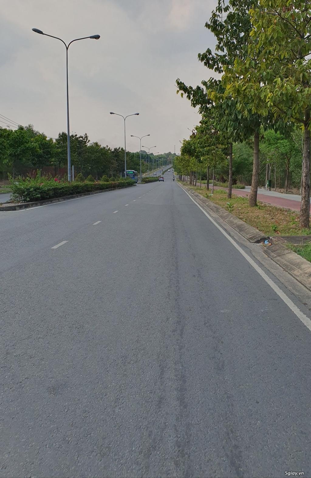 Đất sổ hồng riêng diện tích 100m2 cách ga metro 1km