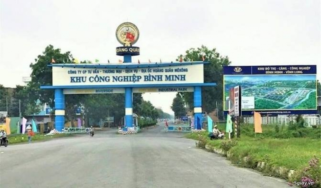 Cần ra gấp 2 căn nhà thô liền kề tại KCN Bình Minh
