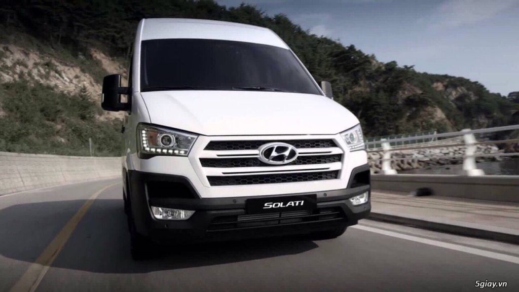 Hyundai Solati trả trước 200tr, KM sốc cuối năm