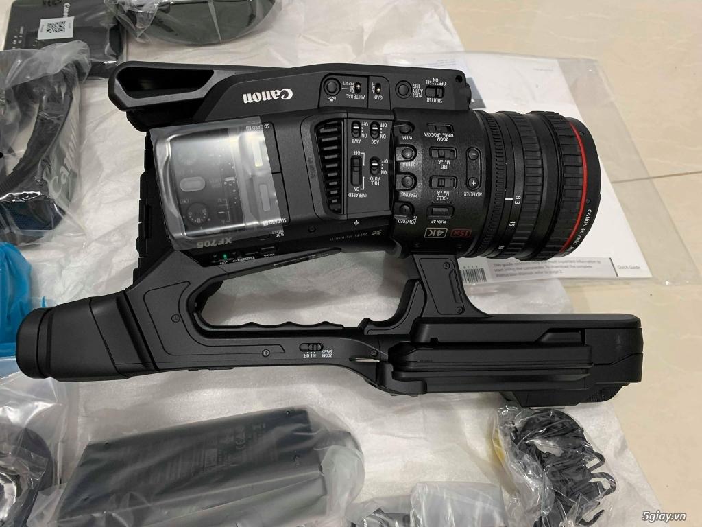 Cần bán gấp máy quay CANON XF705 4K UHD(full box) New 100% - 2
