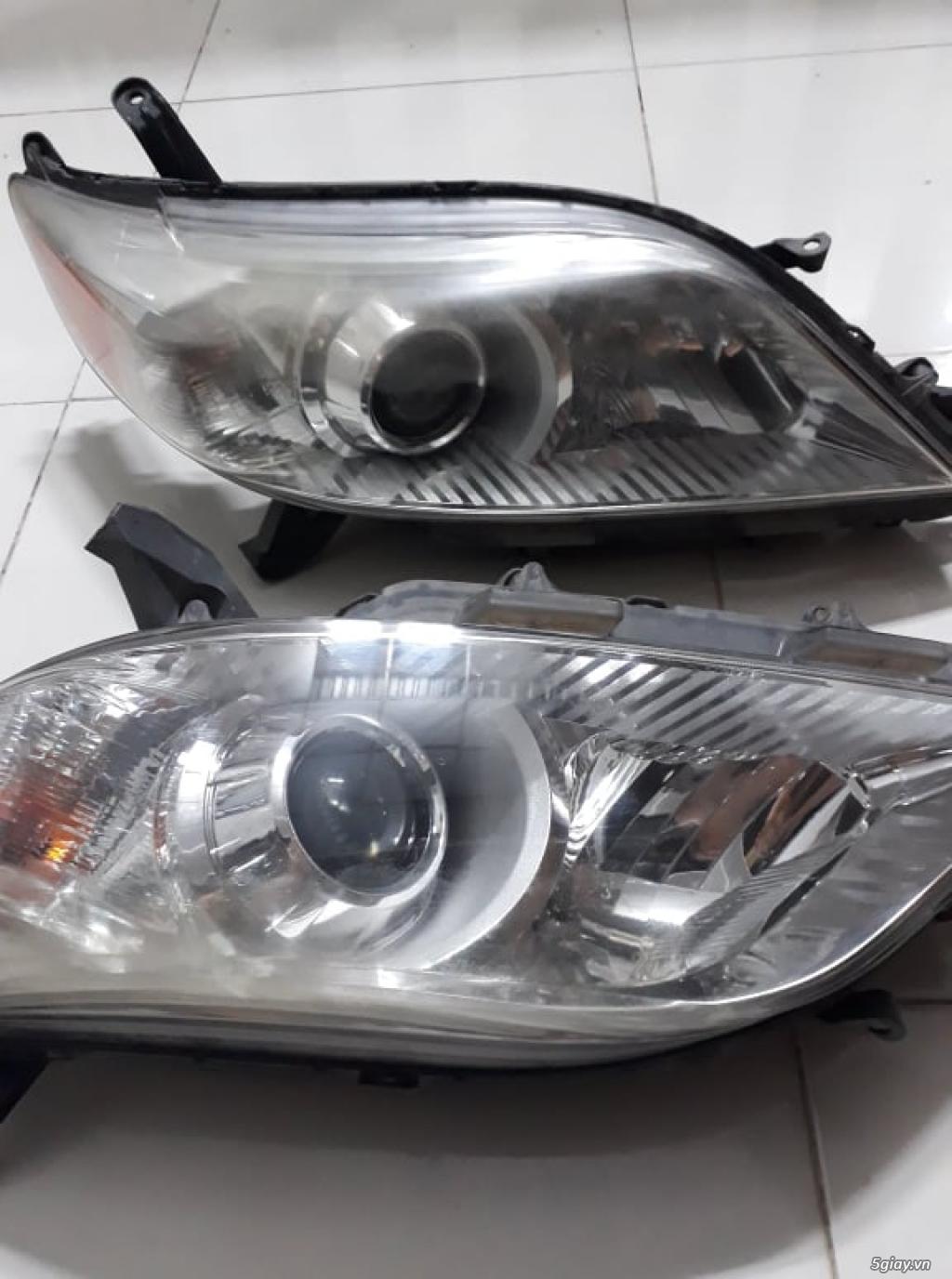 Thay Cặp Đèn Mới Nên Dư Cặp Đèn Trước Toyota Sienna 2012 (xe cty) 80% - 4