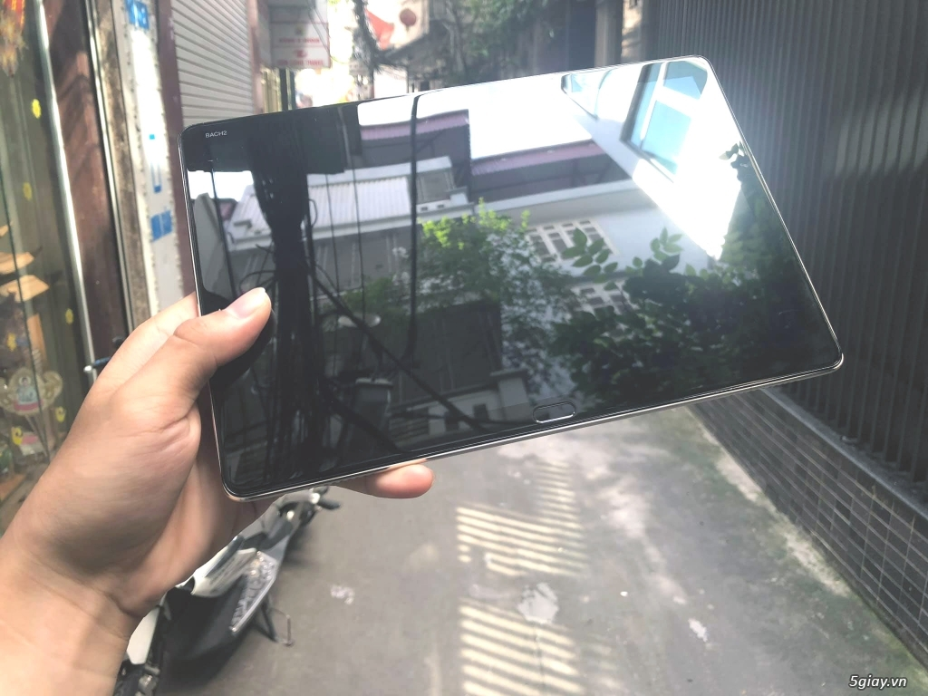 Máy tính bản Huawei M5 Lite - zin 100 % tặng sạc cáp nhanh - que chọc - 5