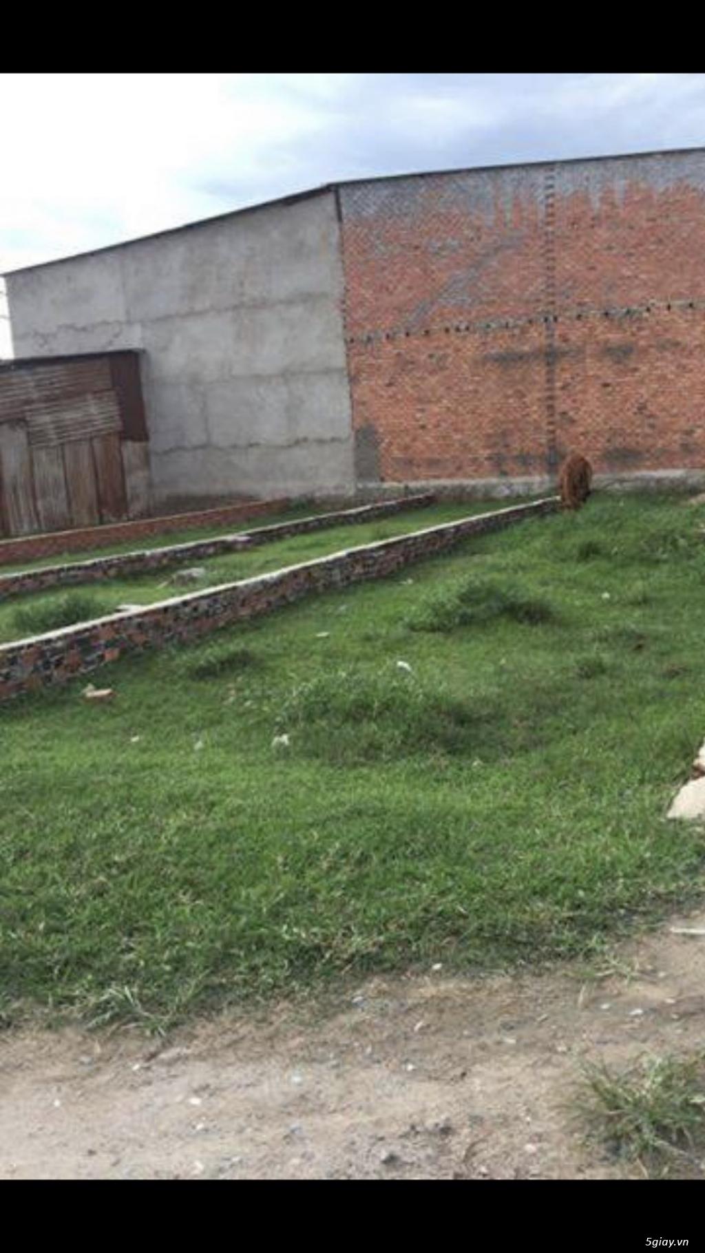 Cần bán lô đất chính chủ hẻm bê tông 6 m 4x14 m2 ấp 2 vĩnh lộc A