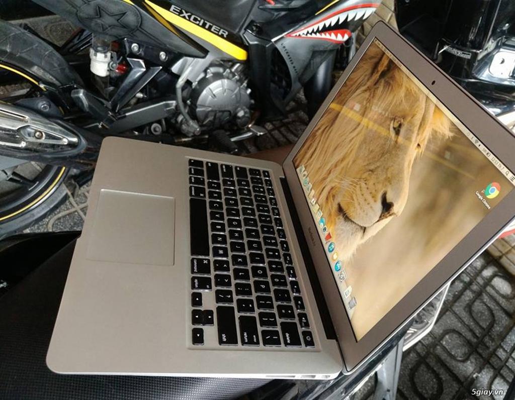 Macbook Air 13.3in- - 2013 -i5 cpu 1.3ghz, 4G ram , 256G - 2