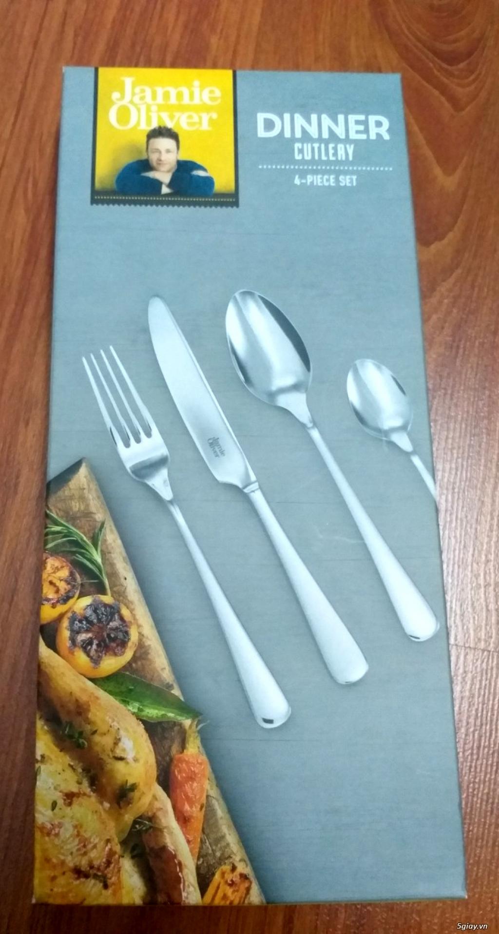 bộ dao nĩa của Anh Quốc - 1