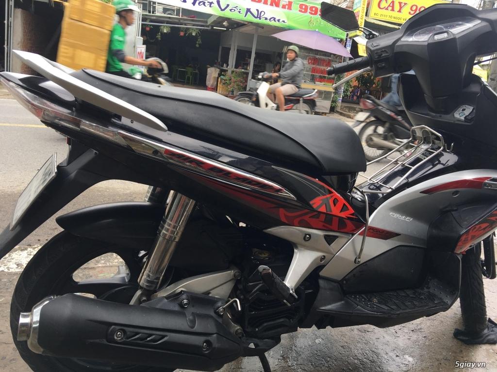 Honda Air Blade đỏ đen đ.ký 2010 b.số TPHCM - 4