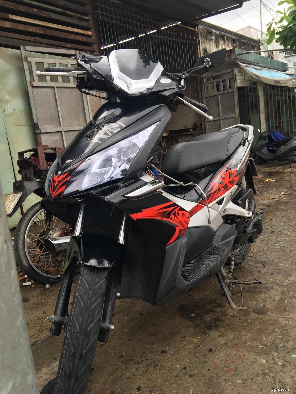 Honda Air Blade đỏ đen đ.ký 2010 b.số TPHCM - 1
