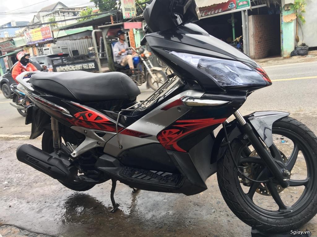 Honda Air Blade đỏ đen đ.ký 2010 b.số TPHCM - 3