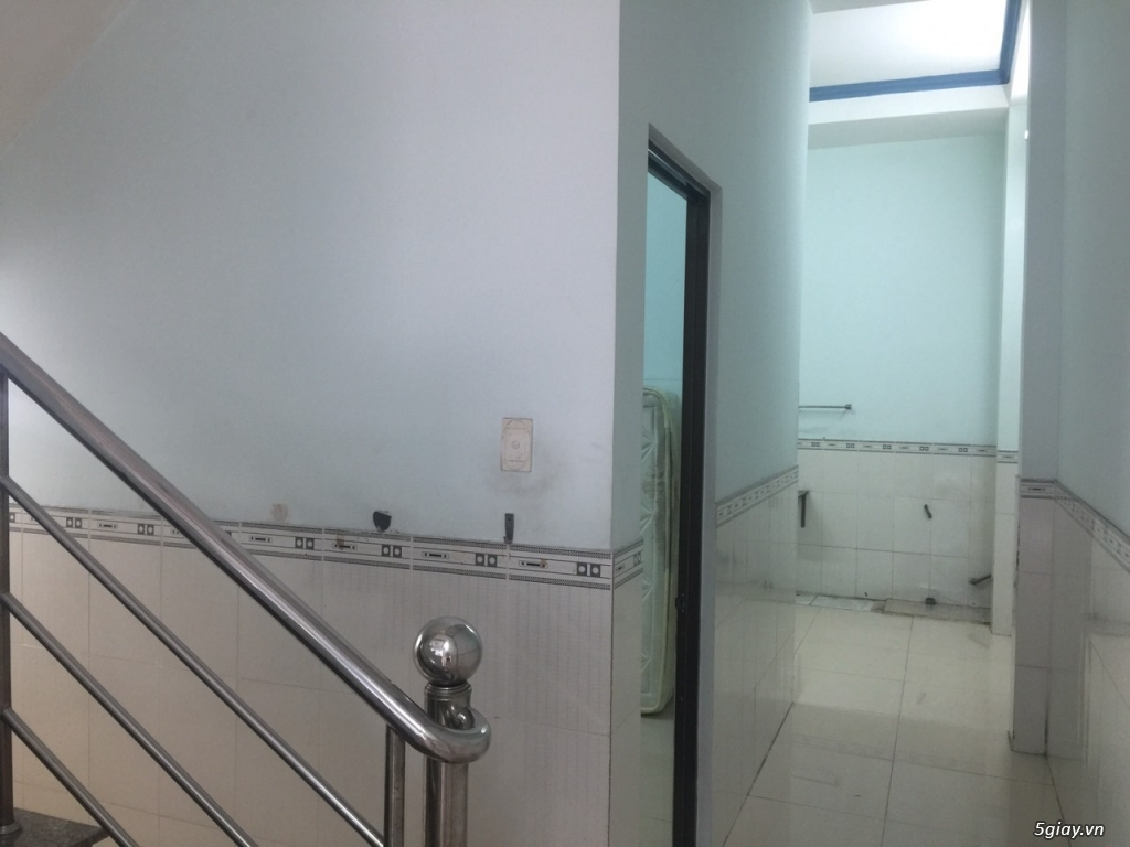Bán gấp nhà phố 1 lầu 3pn sàn BTCT hẻm 102/23 đường huỳnh tấn phát Q7 - 7
