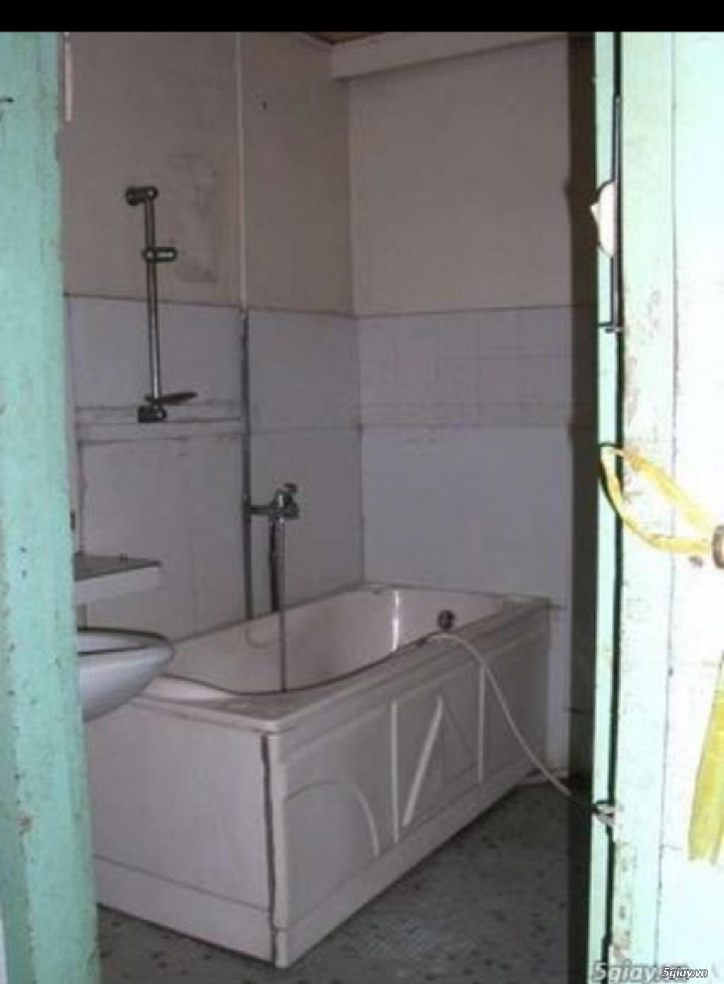 Cho thuê phòng lầu 2, sân thoáng mát nhà mặt tiền 34m2 quận 1 Đakao - 3