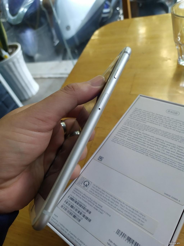 iphone 8 Plus 64G silver. Còn mới, đẹp Đuôi VN. Fullbox, 12tr