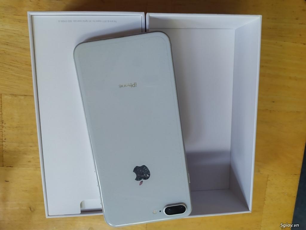 iphone 8 Plus 64G silver. Còn mới, đẹp Đuôi VN. Fullbox, 12tr - 2